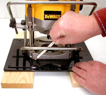 Building a router table part six wealden tool online resources photo 19 greentooth Image collections